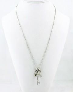 collier romantique avec pendentifs cles cadenas