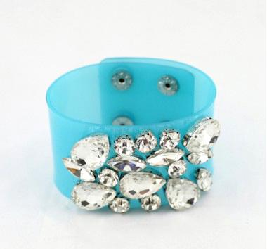 bracelet en cristaux de verre flashy