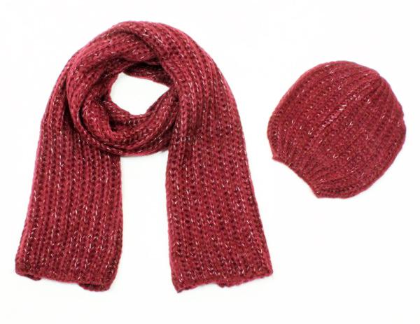 écharpe et bonnet vermillon