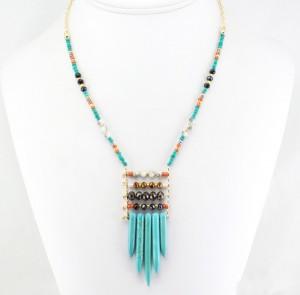 collier pierre longue style incas