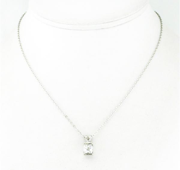collier métal et strass
