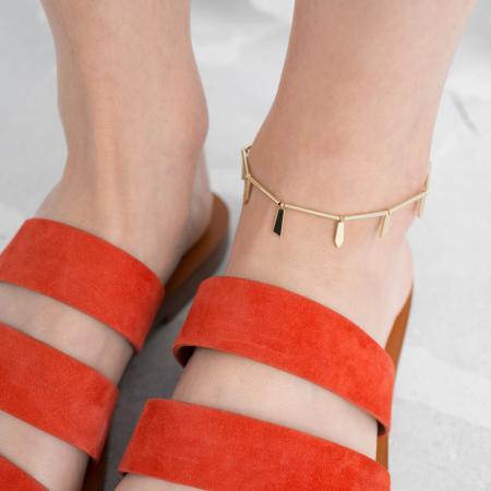 Nu-pieds et bracelet de cheville